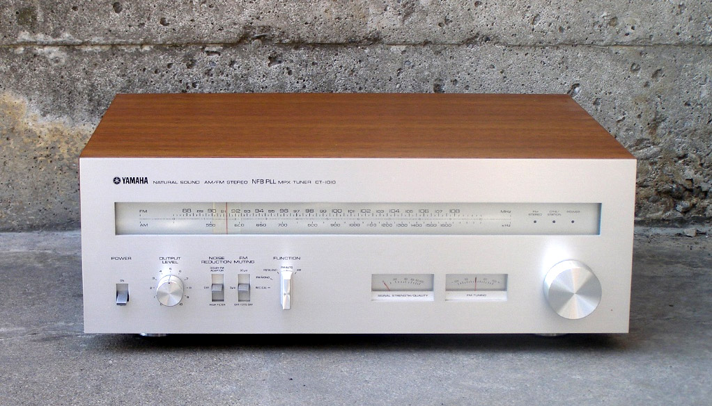 Yamaha tuner ct1010